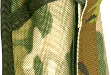 Funkgeräte-Taschen / Handfunkgeräte bilden einen wesentlichen Bestandteil der modernen taktischen Ausrüstung. Wir bieten eine Auswahl verschiedener Funkgerätetaschen von WARRIOR Elite Ops, Zentauron und 75TACTICAL für die verschiedenen PRCs und Bundeswehrfunkgeräte, wie das SEM52.