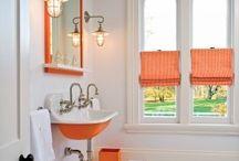 Bathrooms / by Jenni Hall