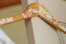Bride hanger & memory box