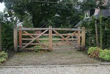 Barrières, fences