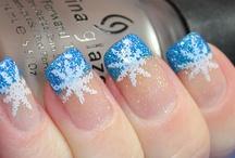 nails / by Leslie Howard