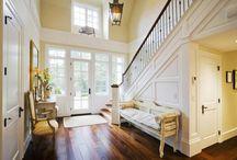 HOUSE - Entry/foyer