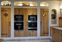 exklusive Landhausküche Eiche / Landhausküche nach Maß, Asteiche kombiniert mit einer Edelstahlarbeitsplatte