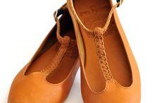 Shoes: Pumps & Flats / Casual shoes