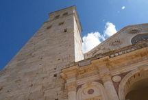 Gli angoli di Spoleto / Raccontiamo una città antica mentre vive uno dei Festival più importanti d'Italia.