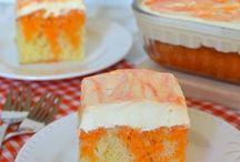 Cakes & Cupcakes / by Kay Currier-Keiner