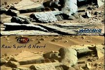 Ancient Aliens / The possibility of ancient aliens having visited Earth in the past and the traces they left behind.