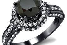 Rings / by Chloe Lola