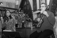 Musica en vivo 4 Gats / 4 Gats Jazz trío, Gigi MacFarlane, Nikity Dúo actúan semanalmente en el restaurante Els 4 Gats