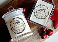 Christmas Collection 2014 / Fragrances Christmas Pudding ~ A blend of fruits, almond & spices. A delicious fragrance with a touch of vanilla, honey, malt and coconut. Silent Night ~ A blend of Frankincense, myrrh, ancient woods with oriental spices, sweet citrus and romantic musk. Christmas Cheer ~ Creamy vanilla & sugar, a touch of spice and a shot of bourbon. Just like brandy custard. Candy Cane ~ Peppermint with creamy vanilla. Sugar Plum ~ A blend of citrus, juicy red fruits and smooth cinnamon, with a hint of spice.