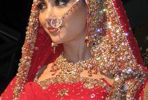 Wedding Flowers, Jewellary, Dress