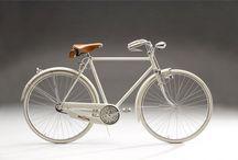 Vintage Bicycle / by q-o-o-p Sittichoke