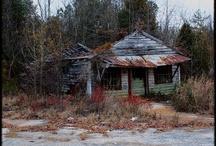 Terkedilmiş binalar