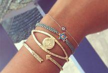 Jewelry Insipiration / Pretty jewelry and trinkets. / by Meghan