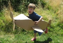 PLAY: box build / Using cardboard boxes as a source for imaginative play