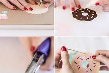 Donut Party / This Donut Party board includes free printables, delicious party recipes, DIY decorating ideas, favors for kids and more! This is a fun party theme for a sleepover or a unique dessert table.