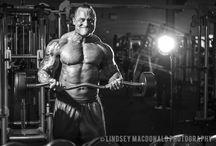 Bodybuilder / by Lindsey Macdonald