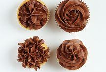 Pretty cakes! / Tasty, good looking, delicious cakes!