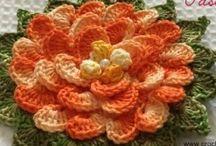 Flores em Crochê - Artelier AS e CRJr