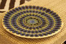 Laboratorios de Diseño e Innovación Eje Cafetero y Antioquia en #Expoartesanías / En este espacio se encuentra el trabajo de los artesanos de los Laboratorios de Tolima, Risaralda, Caldas, Quindío y Antioquia. Se pueden apreciar productos de cestería, cestería en calceta de plátano y palma de iraca, madera, cerámica, tapetes de lana y productos en telar horizontal, filigrana, piedras talladas y la tradicional cerámica de La Chamba, entre otros http://bit.ly/1Y8A8Ny