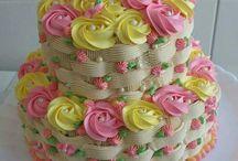 Complicated  icing girl cake