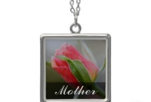 Holidays: Mothers Day / May 11, 2014 / by Gifts by Genius