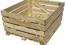 Palots / Palots de madera y cartón para el transporte de mercancías.