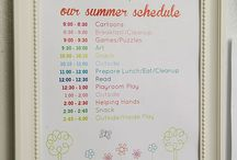 daily schedules / by Roxy3giraffe