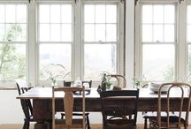 Musical Chairs: A Story of Mixing & Matching / Throw out traditional matchy-matchy dining chairs and bring in the new classics. http://bit.ly/2qkZu6d