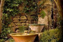 Tröge Wasser Innenhof