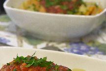 Food couple / Cucinare è un atto d'amore. (Nei confronti di chi si nutre e nei confronti della Madre Terra che ci regala i suoi frutti)