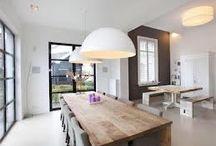 Eetkamer / Tafels en stoelen