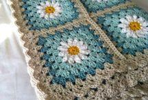 Одеяло, сделанное по технике лоскутного вязанья