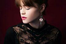 Bijoux meuf_in / Bijoux de la marque meuf_un en vente si jamais vous souhaitez en acheter. #bijoux #mode #modele #photo