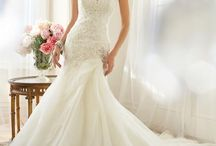 xx beautiful wedding dresses xx / My board is about beautiful wedding dresses.