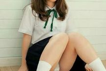 pose sexi hot school girl asian