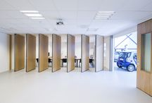 ATTACA Panel walls combined with sliding doors / Combinations in Flexible Wall Systems