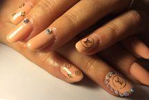 Gel / Nails