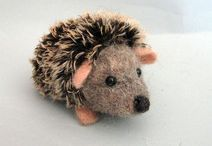 needle felted hedgehog(pindsvin)