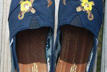 Shoes / by Grace Hamm