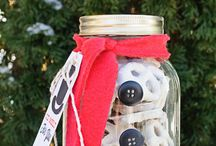 Holiday Festive Ideas / Looking for simple ways to celebrate? Big or small, take a look at some ideas!