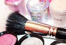 Makeup Lookboard Product Shots