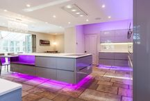 Floating Kitchen / Project in collaboration with Atlantis Kitchens