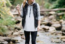 Hunter Boots Style / Hunter Boots Style | Hunter + Boots + Fashion Inspiration + Fall + Rain + Casual Outfits