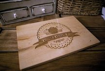 Laser engraved wood cutting boards and signs / Different design cutting boards we laser engrave in our shop. For sale on Etsy