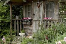 Barns, Sheds, and Outbuildings / by Louise Roberts