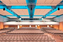 Top Tagungshotels und Konferenzräume Köln / Tagungshotel Köln oder Konferenzraum Köln finden - Das richtige Tagungshotel in Köln ist nicht mehr schwer zu finden. Mit Event Inc haben Sie das Qualitätsadressbuch an Ihrer Seite, das die besten Kölner Tagungshotels in einem Portfolio gelistet hat. Aber wir haben noch viel mehr spannende Locations mit Top ausgestatteten Kölner Konferenzräume und Seminarräume. Lassen Sie sich kostenfrei beraten!