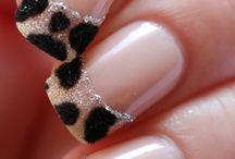 nails / by Lorena Chvz