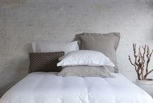 Bedlinnen / Bed linen / Natuurlijke materialen in kleuren die geïnspireerd zijn op water, lucht en aarde (Long Island colors).