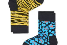 Spring Summer 2017: Kids / Happy Socks offers its colorful design socks in children sizes, using a modi ed color palette that  ts the sophisticated, stylish needs of kids today. Designs re ect the bright, pattern-driven aesthetic of Happy Socks adult line.